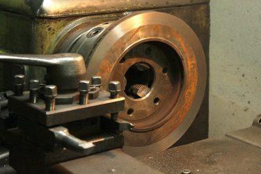 Проточка тормозных дисков что это такое?