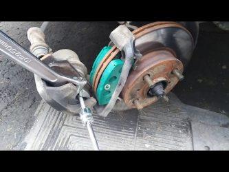 Как сдавить тормозной цилиндр?