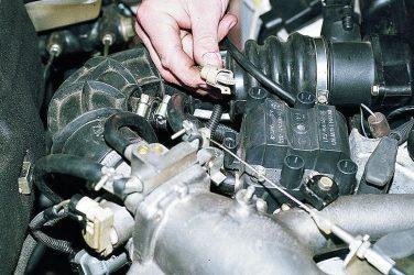 При каком зажигании греется двигатель?