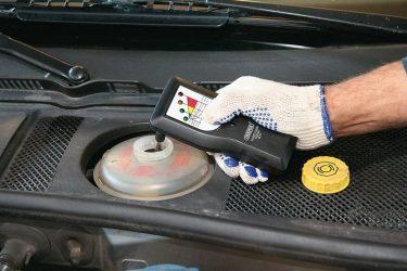Чем проверить тормозную жидкость?