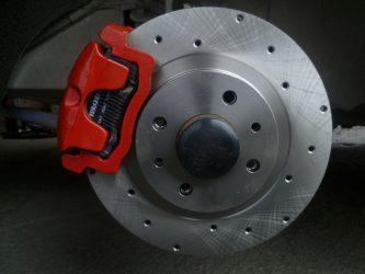 Тормозные диски меняются парами или по отдельности