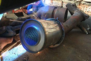 Как заменить катализатор на пламегаситель своими руками?