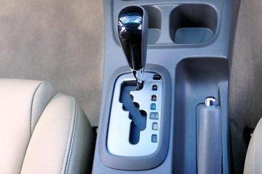 Как водить машину с автоматической коробкой передач?